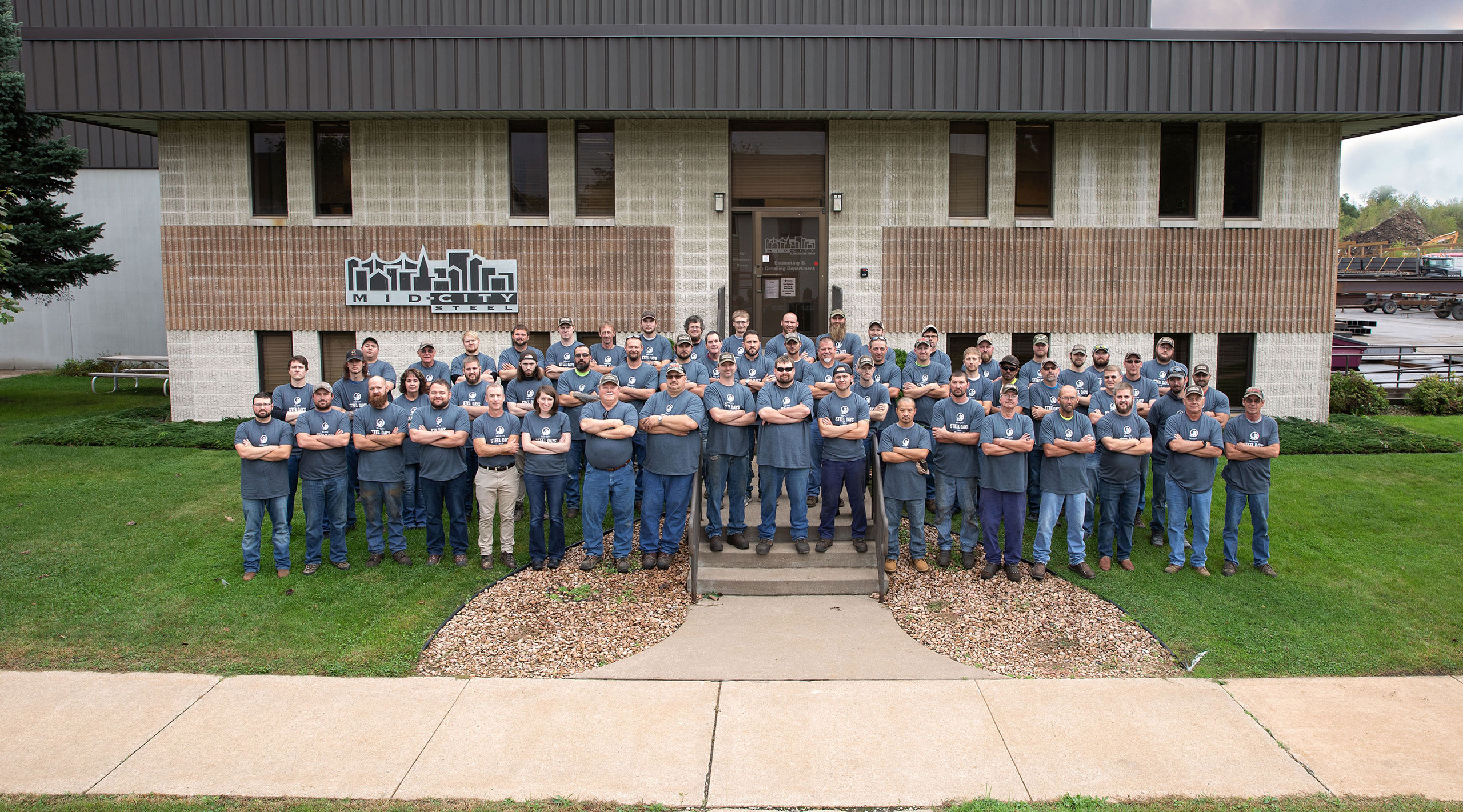 Image of the Tough Job Team of Mid-City steel, La Crosse, WI
